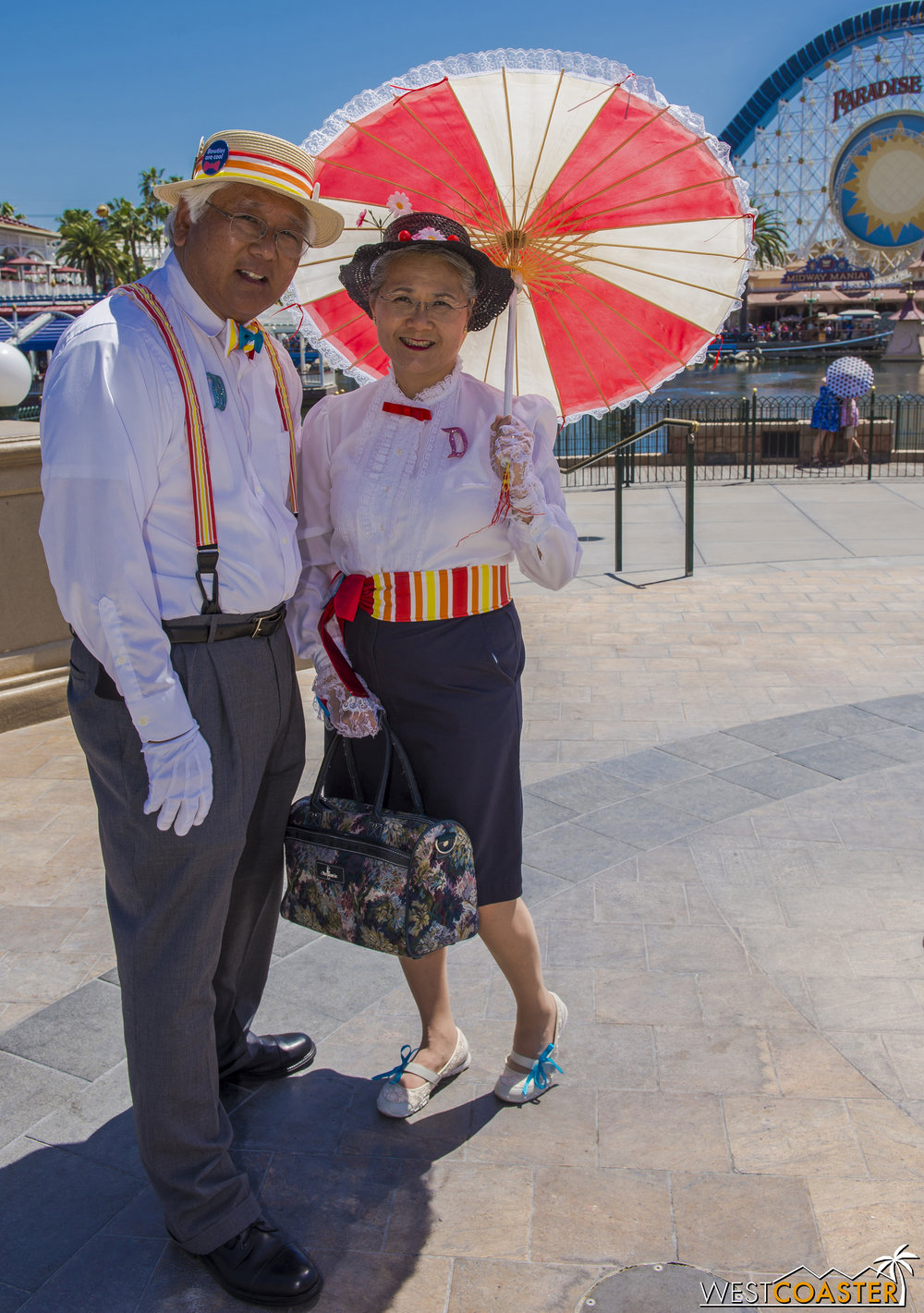 They are   @CosplayParents   on Instagram, and I saw them in a  Mary Poppins  theme at last fall's Dapper Day too.