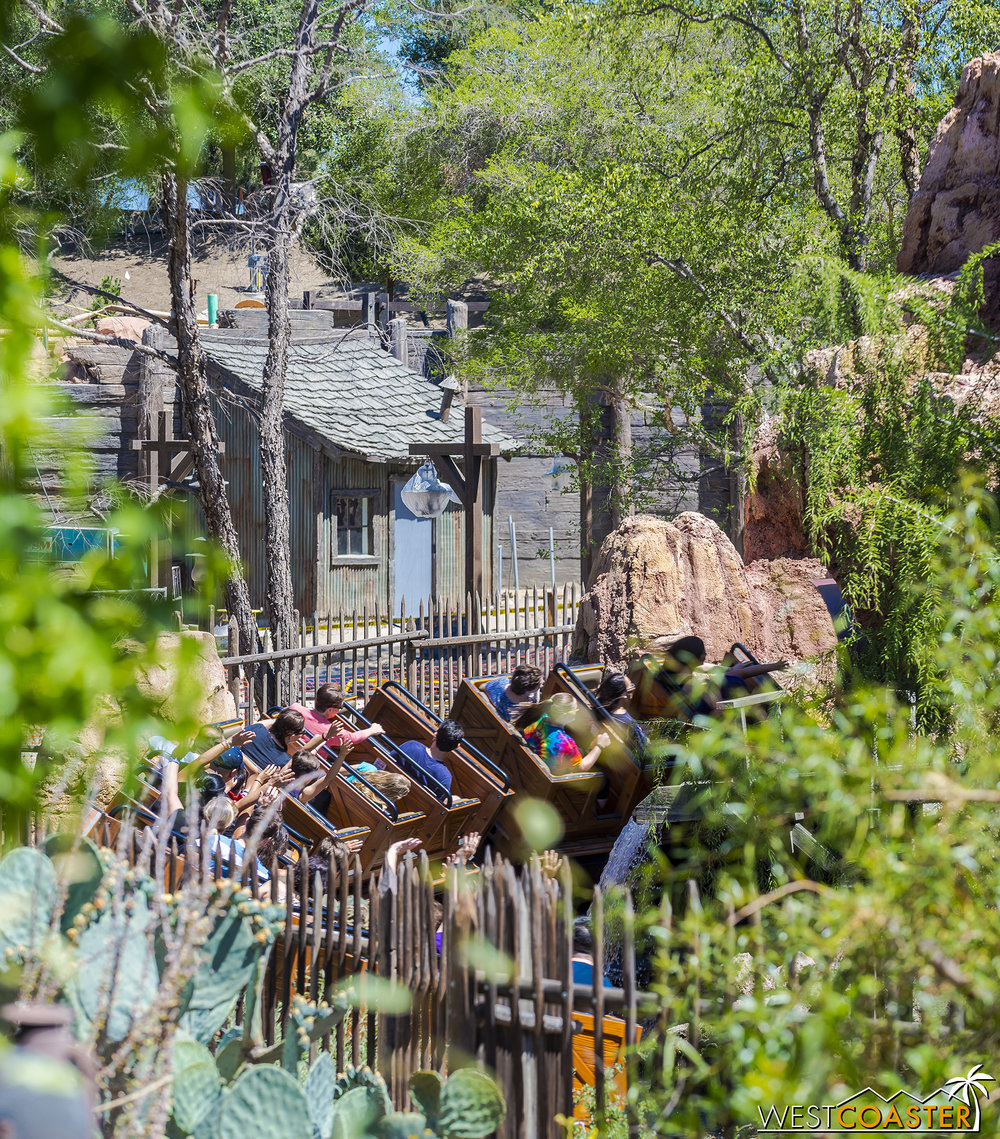 Peaking through Big Tinder Mountain Railroad, we can see some of the theming along the future re-imagined Big Thunder Trail.