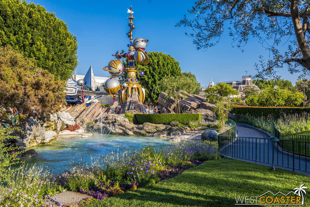 A pretty picture off Pixie Hollow.