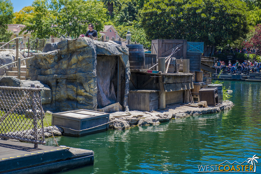 Well, it appears that Tom Sawyer Island isn't totally complete, but as you'll see in tomorrow's update, it's basically there.