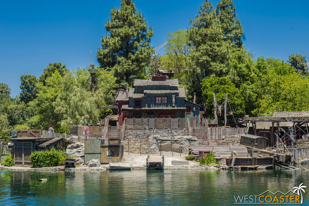 Tom Sawyer Island reopened on Friday to... some fanfare?  I'm not sure.  But on Saturday, things were relatively quiet.