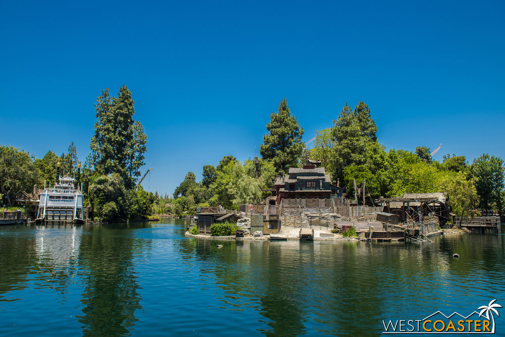 Hey, Tom Sawyer Island is pretty much back to normal! If it weren't for those pesky construction cranes in the background, photo bombing, you wouldn't even suspect that there was large scale work going on at the park.