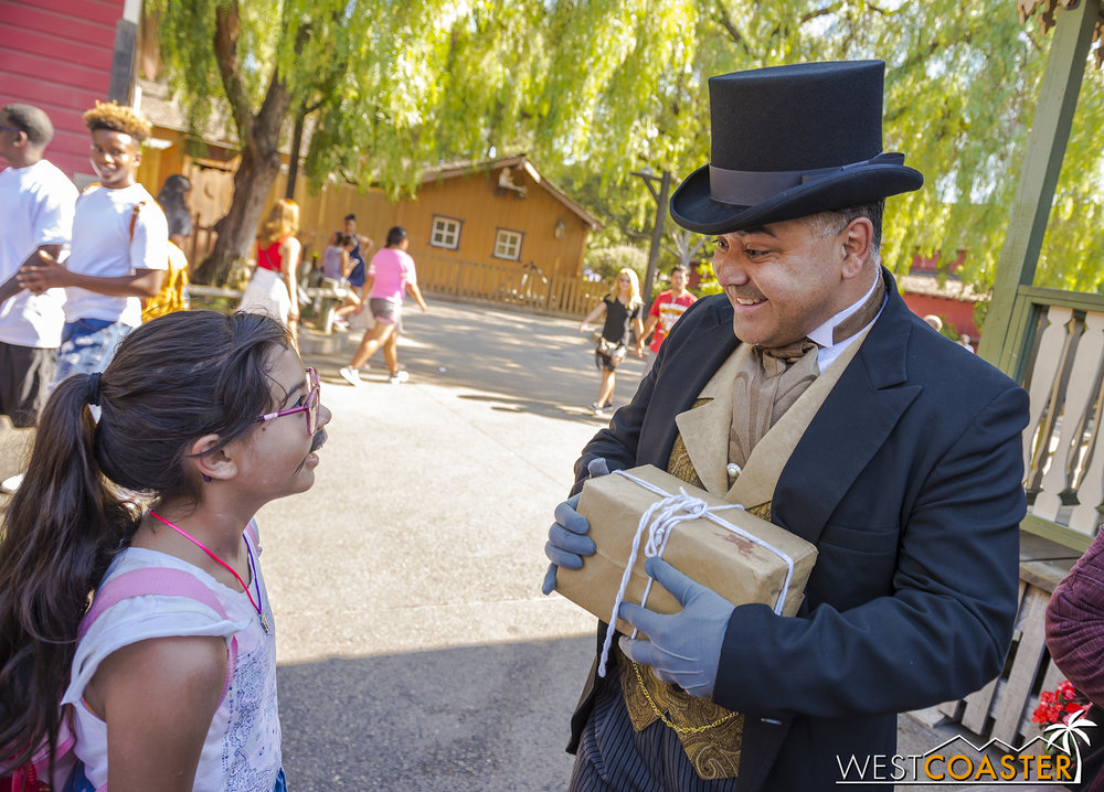 There is genuine interest and excitement through the character-guest interactions.  From one-time visitors who fall into the spell of the interactive play to season passholder repeat visitors who weave their own roles and are recognized by the cast, plenty of people slide into the escapist fun that Ghost Town Alive! brings.