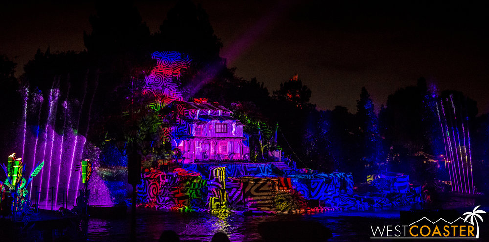 Meanwhile, even when no one is actually on the Tom Sawyer Island stage, the canvas there is continuously projected upon, turning the island into a work of art.  Some may find this a little overdone or a little too blatant or visually competitive, but I personally loved it.