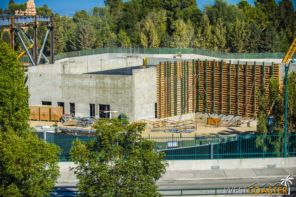 The formwork for concrete walls adjacent to the main ride building is progressing.