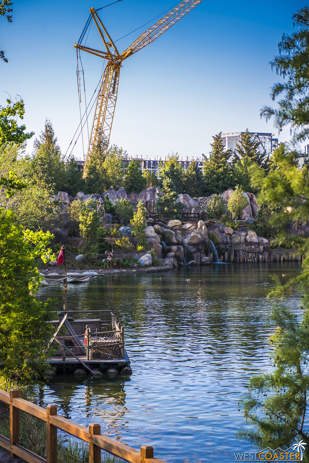 It's great, because with the forced perspective, the   peaks of Star Wars: Galaxy's Edge   will end up looking like another background layer of western geology from the Rivers of America side!