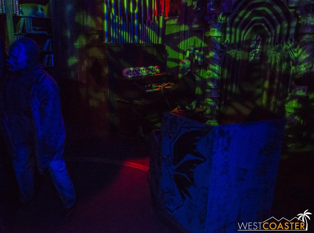 07-DarkRide-0006.jpg