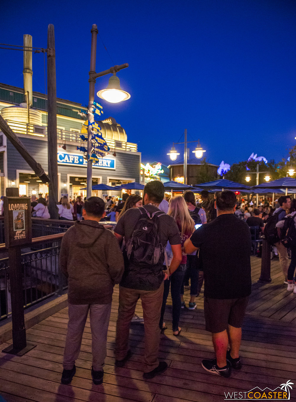 See? Look at this line into the Pacific Wharf Cafe, where you can purchase Choup.  It's way out the door and nearing the bridge into Pacific Wharf.  If that isn't proof of Choup's greatness, I don't know what is.