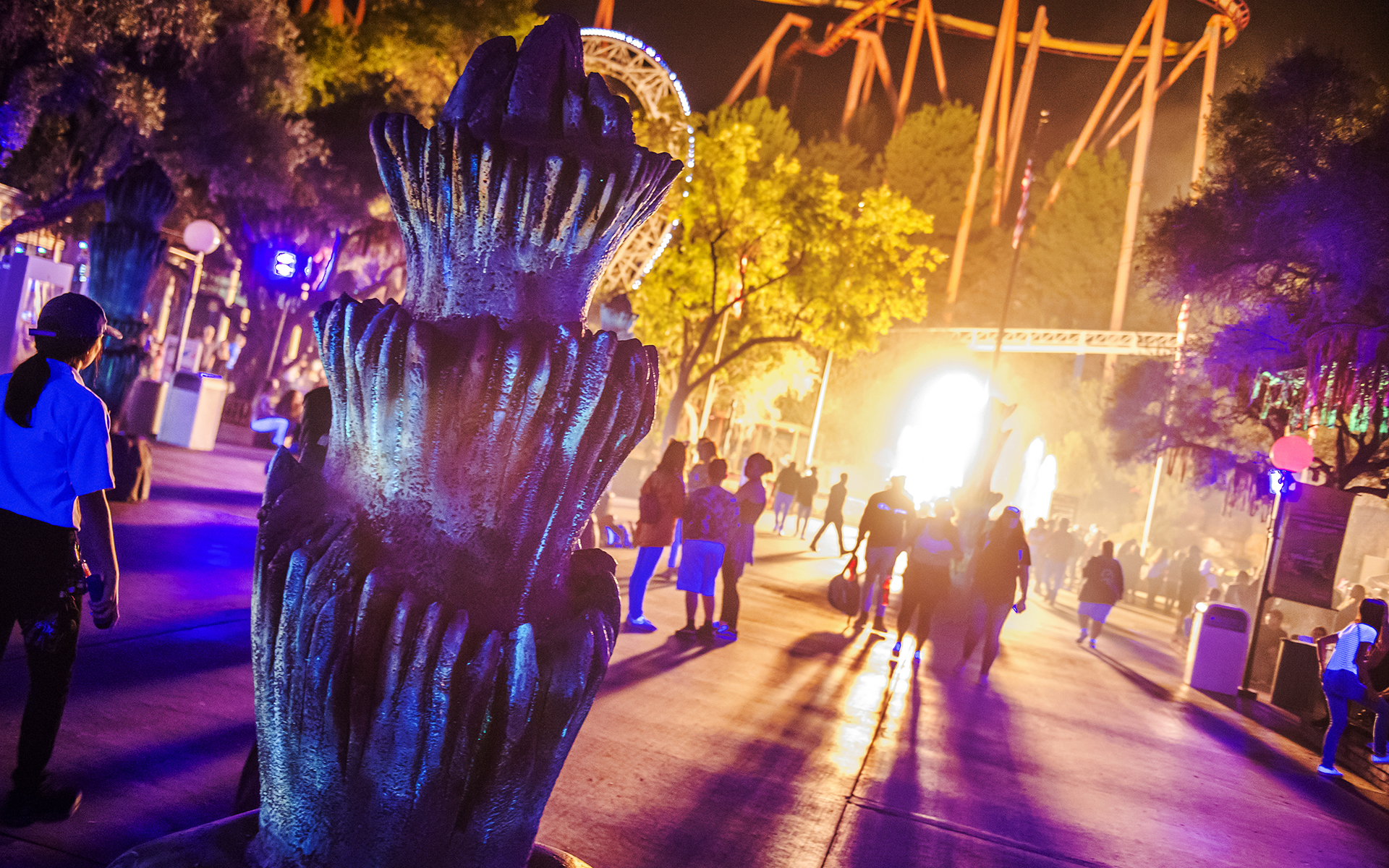 six flags magic mountain fright fest 2017 scare zones entertainment