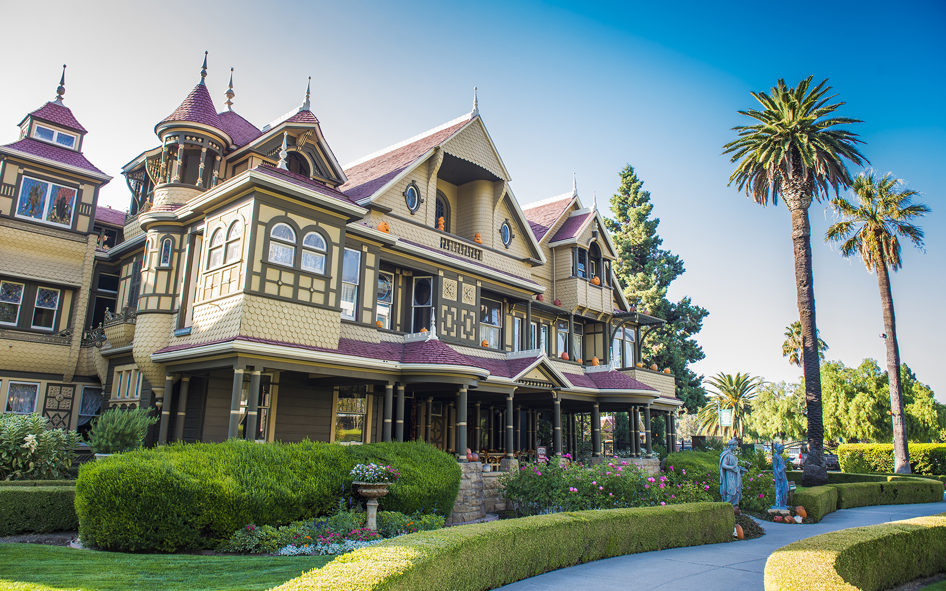 Winchester Mystery House in the Fall Westcoaster