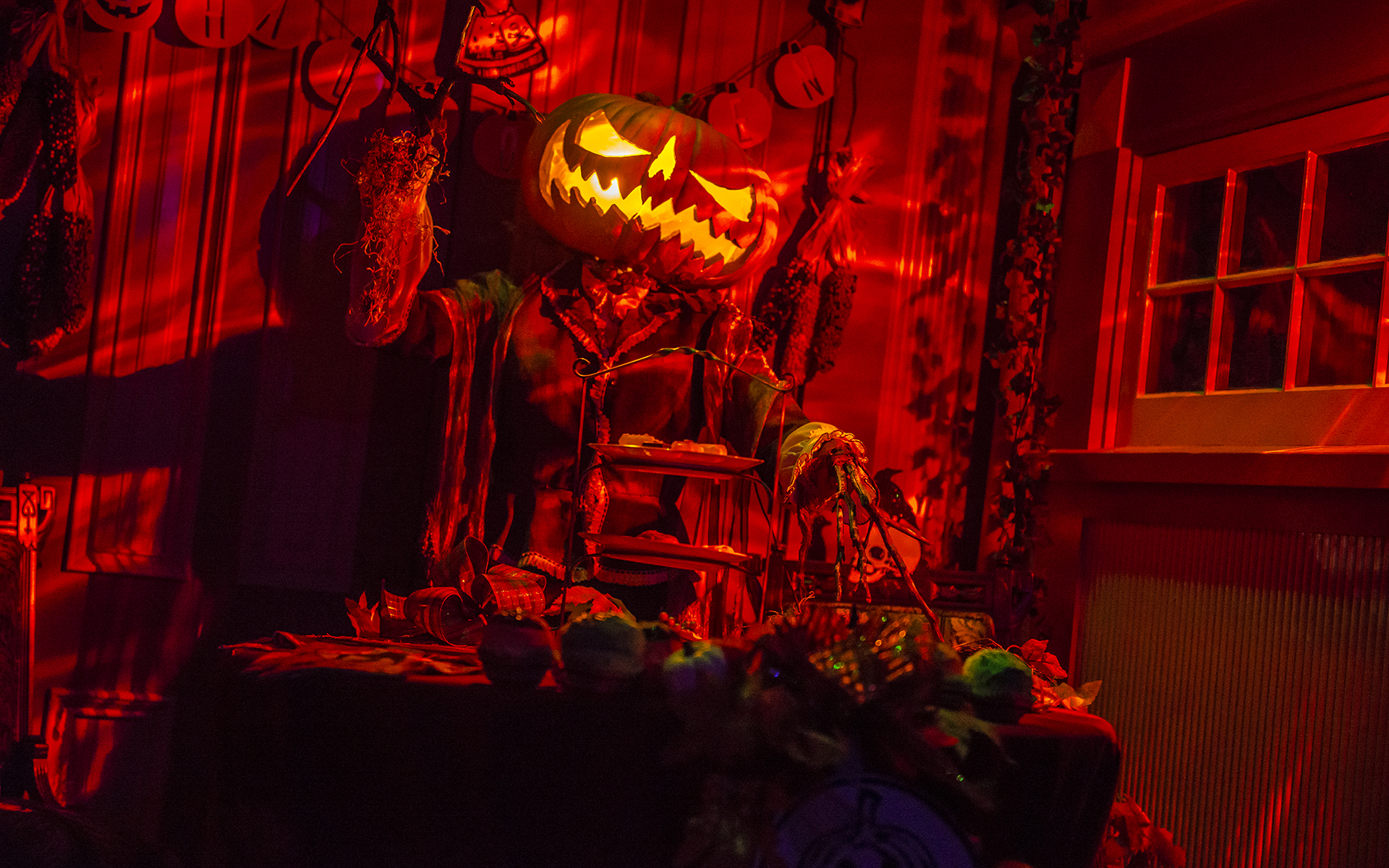 winchester mystery house's hallowe'en candlelight tour: 2017 review