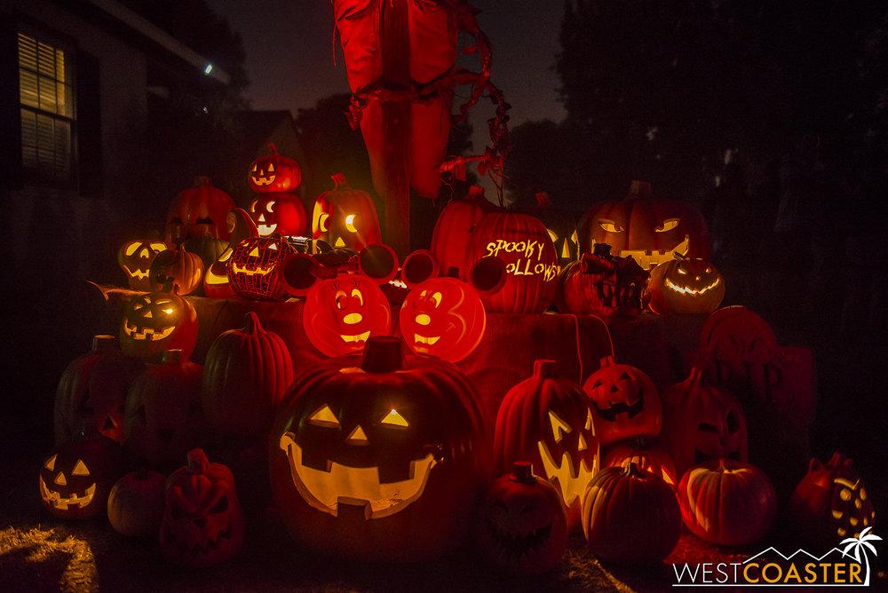 SpookyHollows-17_1031-0018.jpg