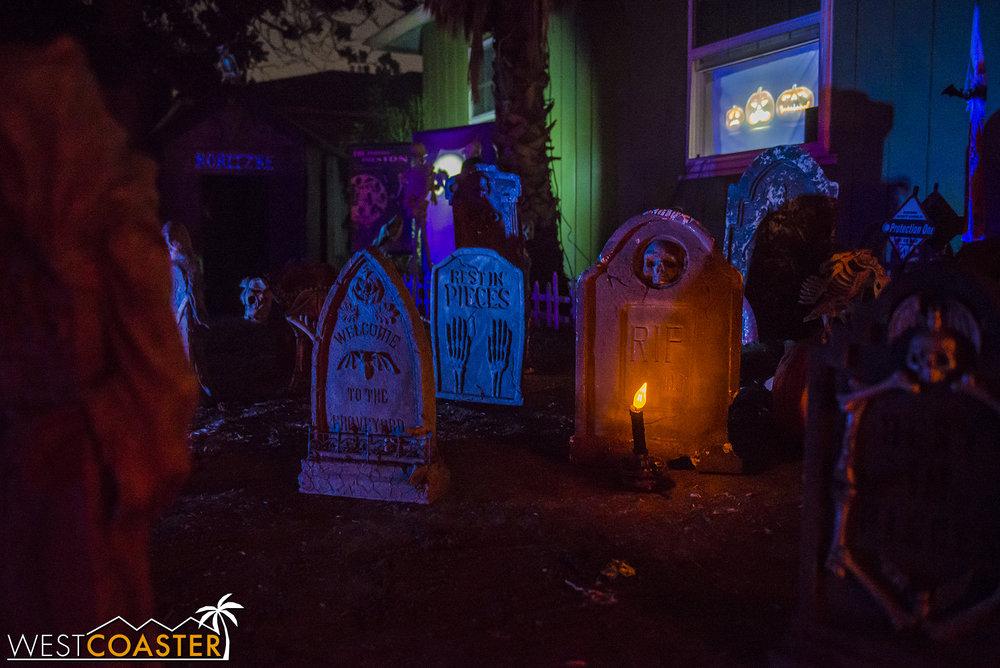 SpookyHollows-17_1031-0019.jpg