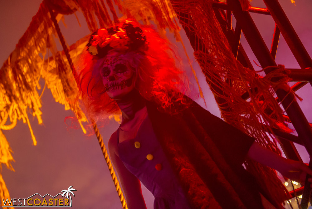 DarkHarbor-17_1106-A-Monsters-0003.jpg