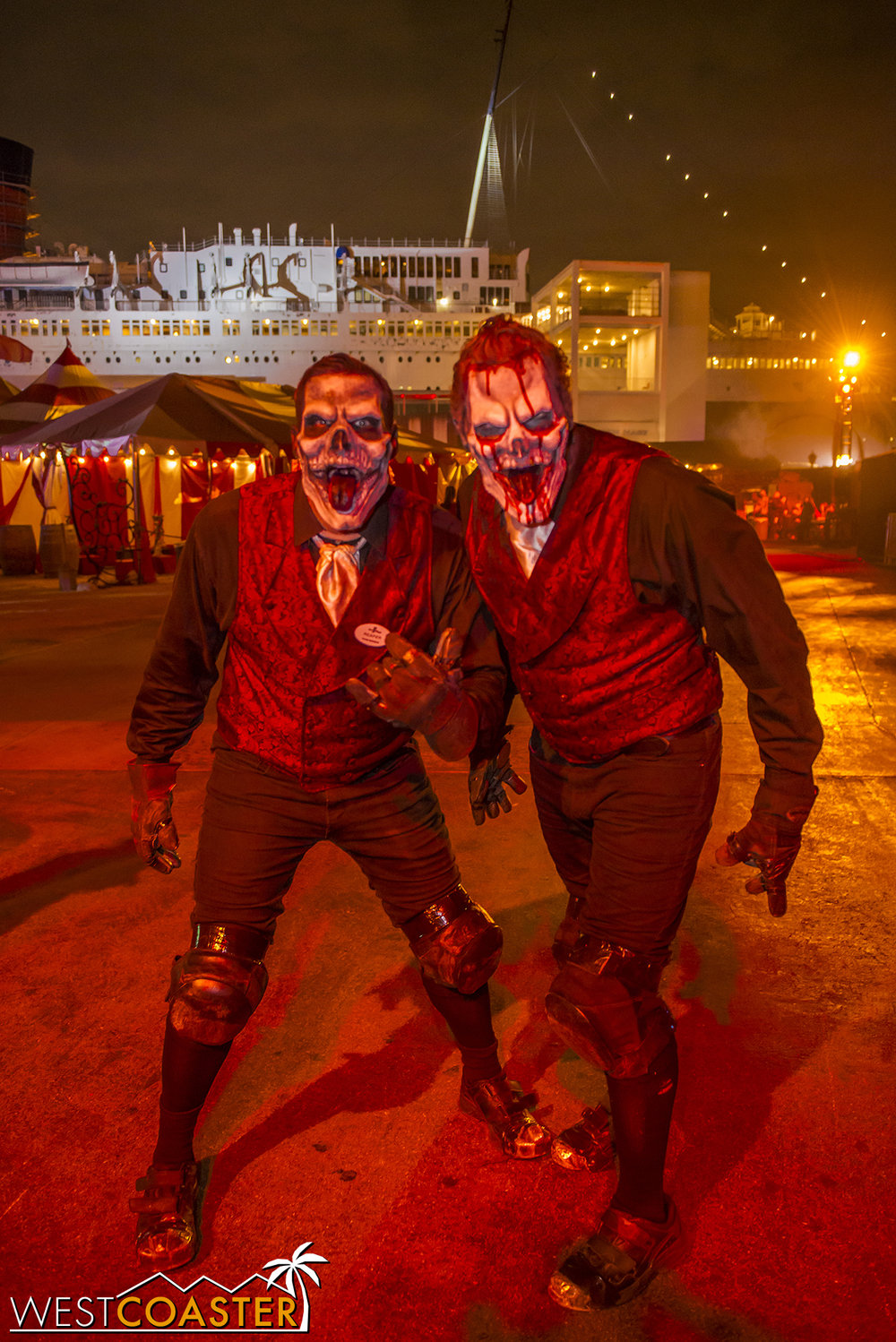 DarkHarbor-17_1106-A-Monsters-0010.jpg
