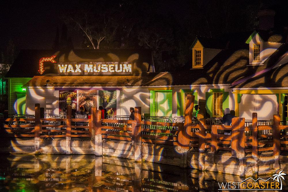 CGAHaunt-17_1117-04-WaxMuseum-0025.jpg