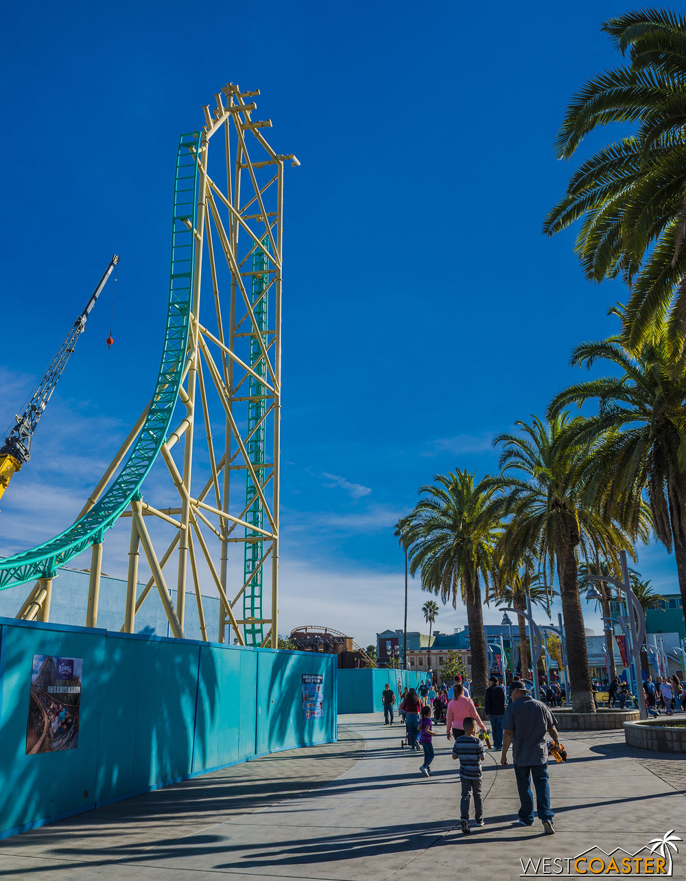 The palm trees provide scale for how towering this ride will be!