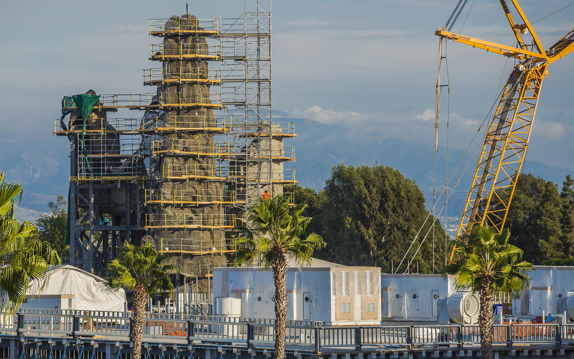 Disneyland Resort Update: A Galactic Christmas Smorgasborg of ...