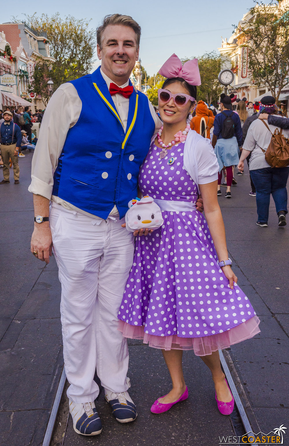 This adorable couple brought a Donald and Daisy spin to things.