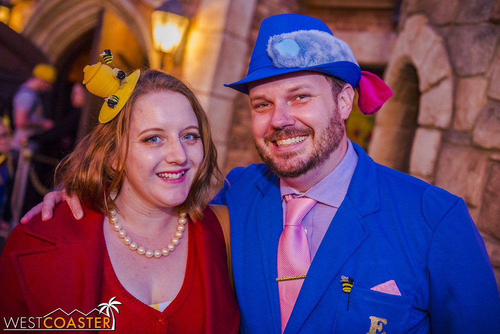 This  Winnie the Pooh  couple showed off their Disney creativity.