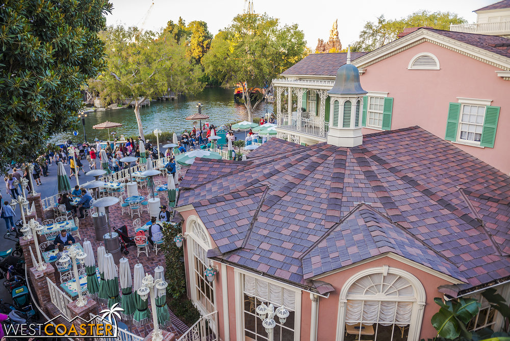 Hey, the River Belle finished its refurbishment!