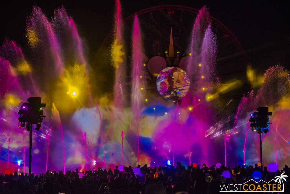 DLR-17_1129-G-WorldOfColor-0006.jpg