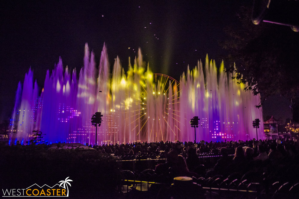 DLR-17_1129-G-WorldOfColor-0023.jpg
