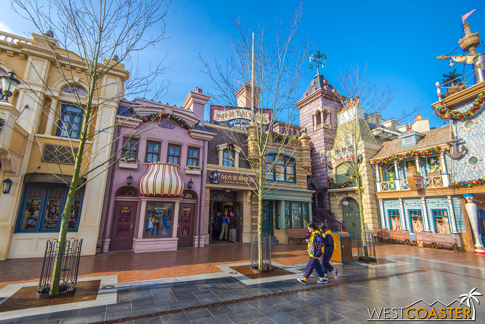 ShanghaiDisney-17_1213-D-Other-0002.jpg