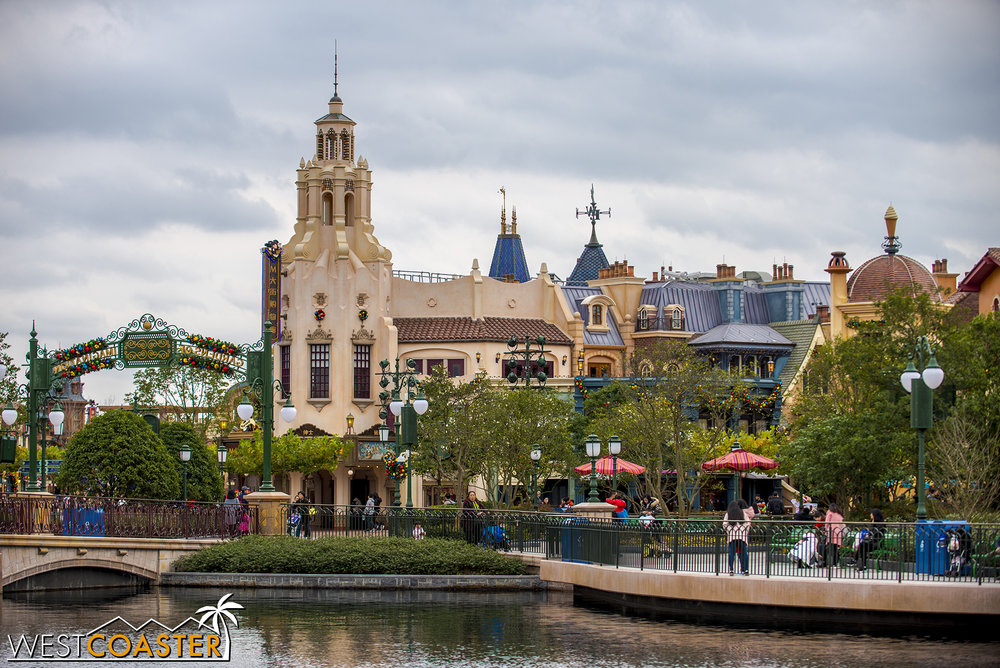 ShanghaiDisney-17_1213-D-Other-0006.jpg