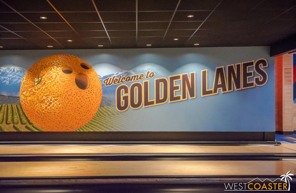 OMG ITZ A HIDDEN MICKEYS!!  Or an orgasmic orange.