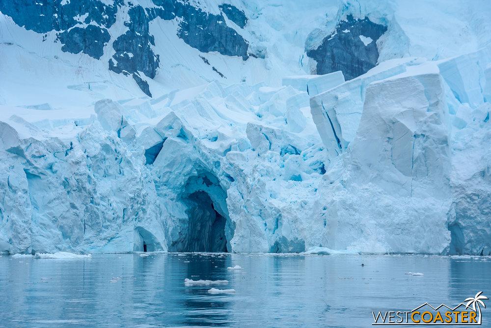 Antarctica-18_0222-0048.jpg
