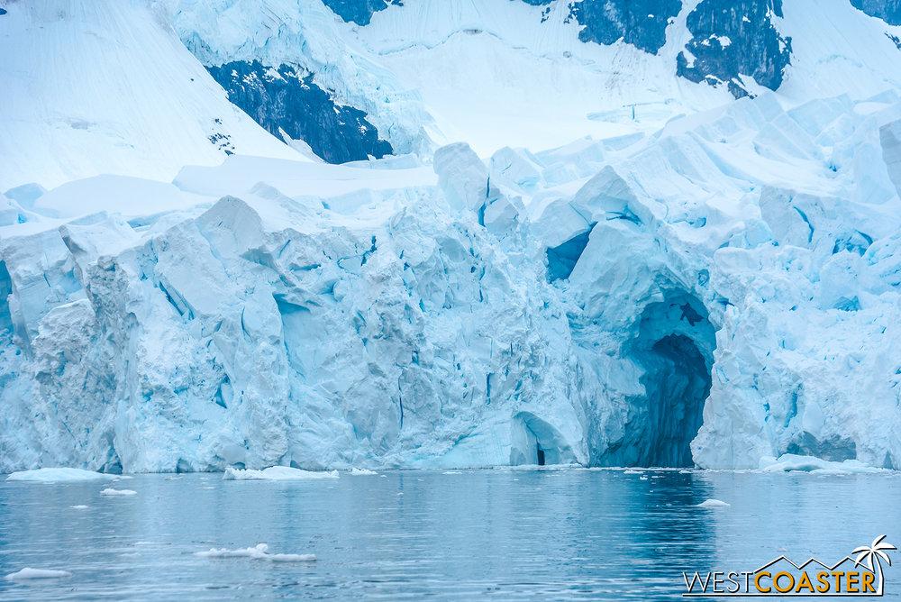 Antarctica-18_0222-0052.jpg