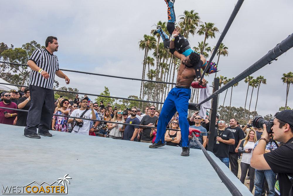 SabrosoFest-18_0410-E-Wrestling-0027.jpg