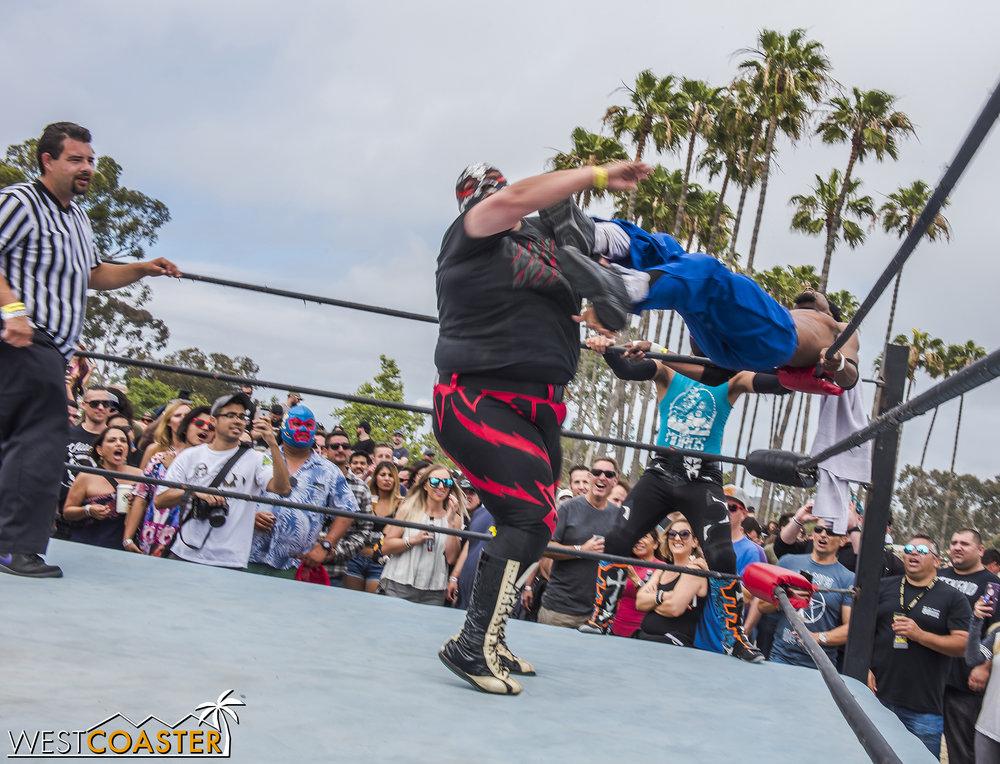 SabrosoFest-18_0410-E-Wrestling-0028.jpg