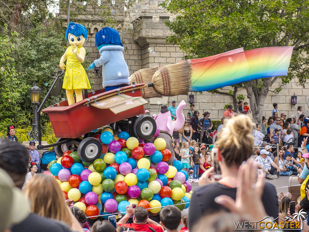 The Pixar Play Parade has a  Inside Out  float (pictured) and a new  Up  float (not pictured and sometimes broken… already…).