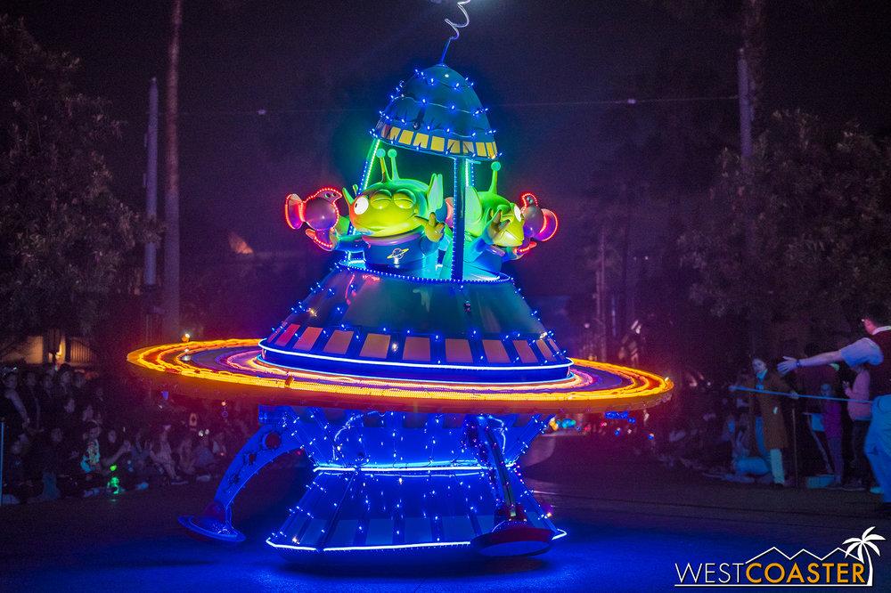And the aliens! OooOOOOOooooo….