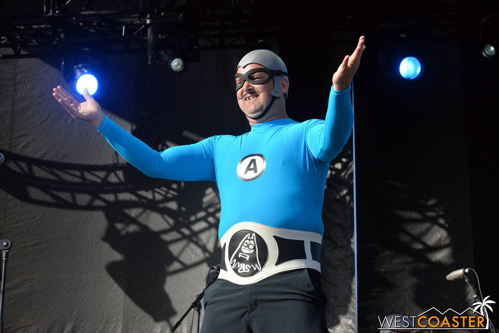 B2tB-18_0504-D-Music-3-Aquabats-0001.jpg