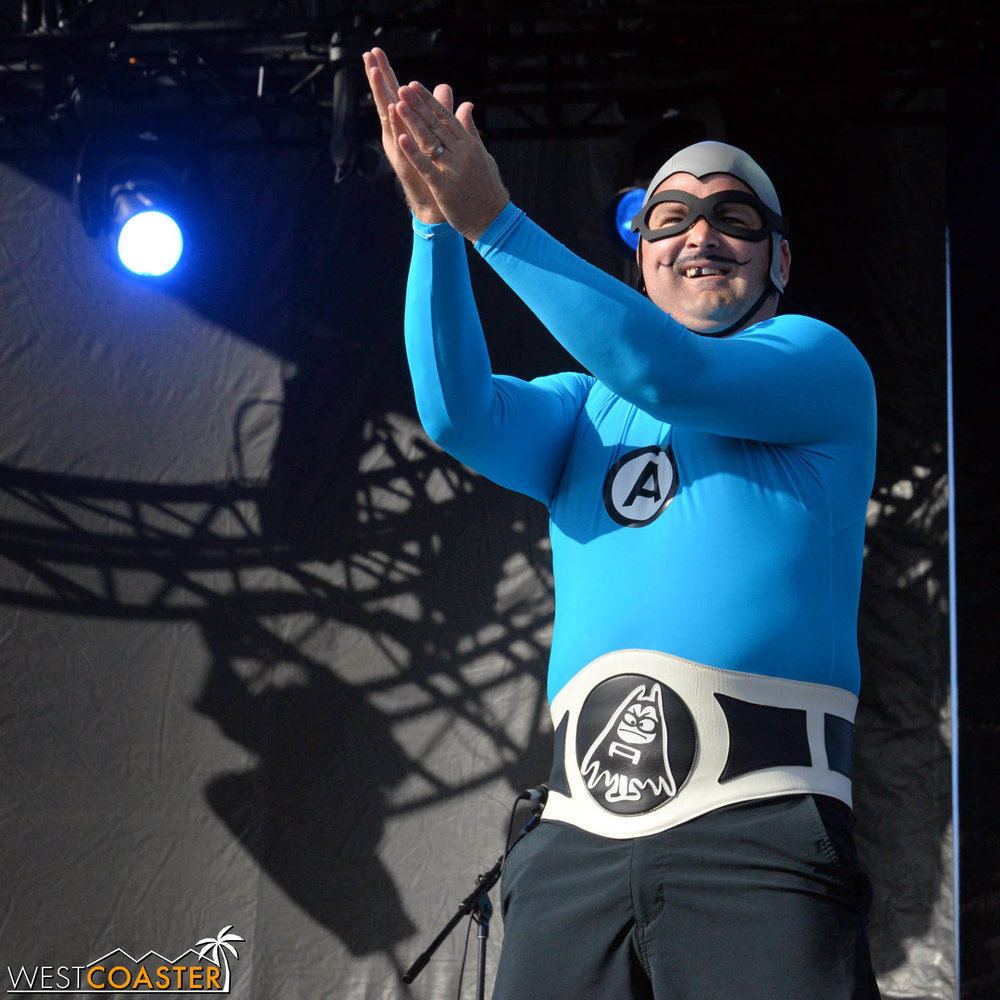 B2tB-18_0504-D-Music-3-Aquabats-0002.jpg