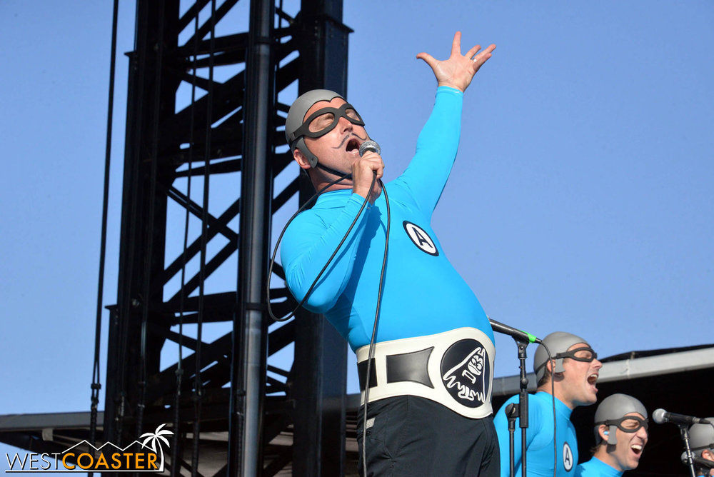B2tB-18_0504-D-Music-3-Aquabats-0009.jpg