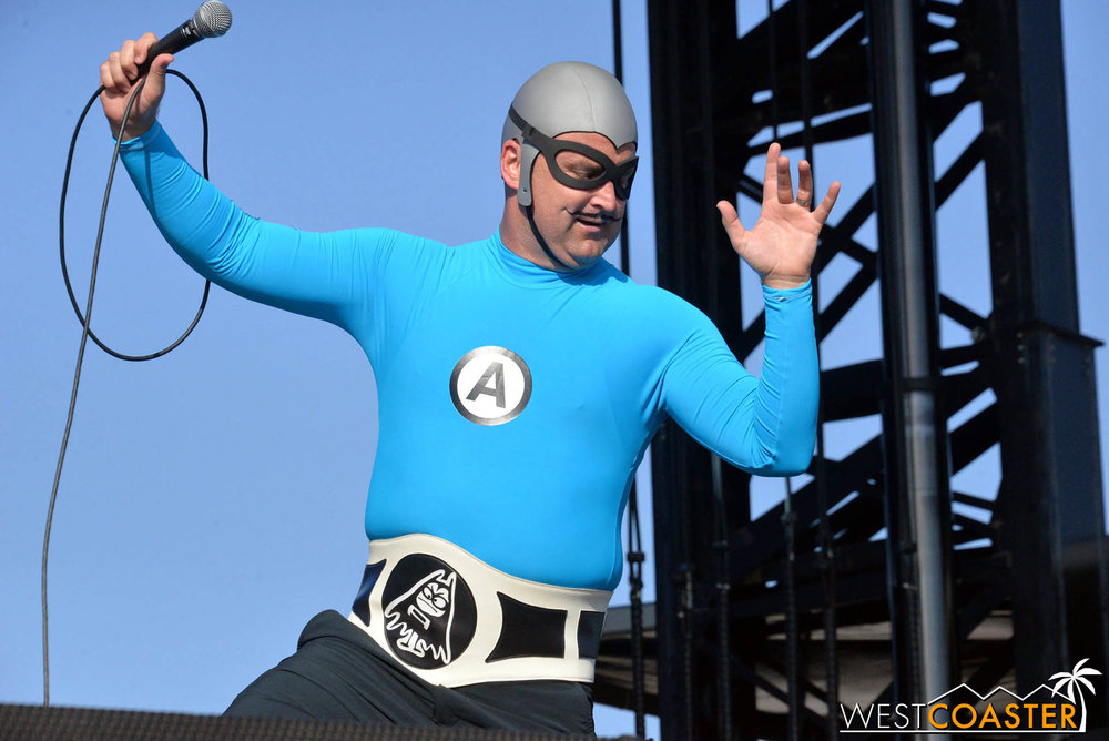 B2tB-18_0504-D-Music-3-Aquabats-0010.jpg