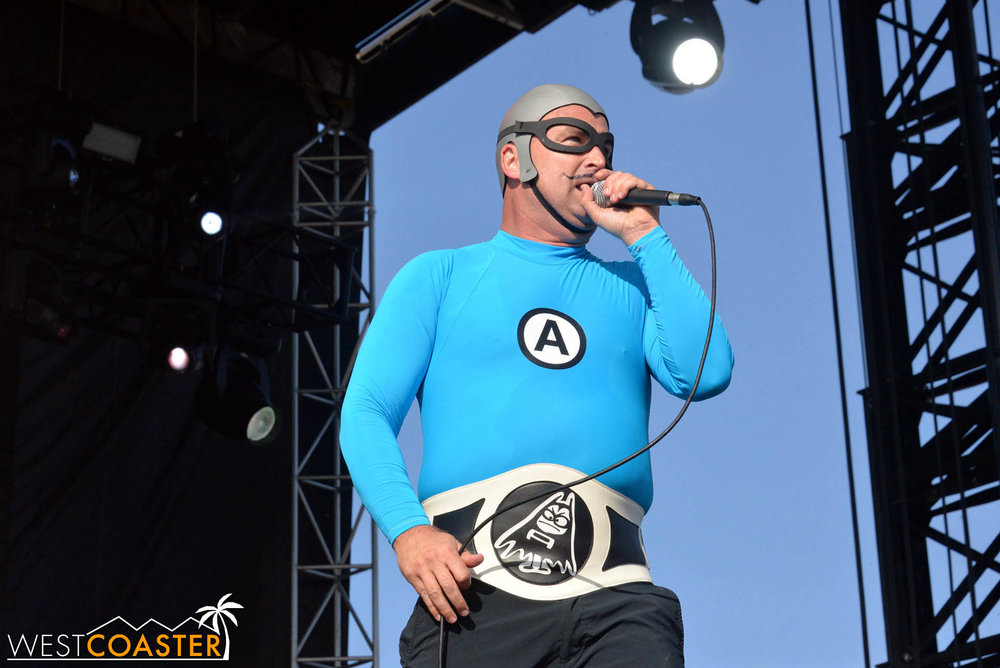 B2tB-18_0504-D-Music-3-Aquabats-0021.jpg