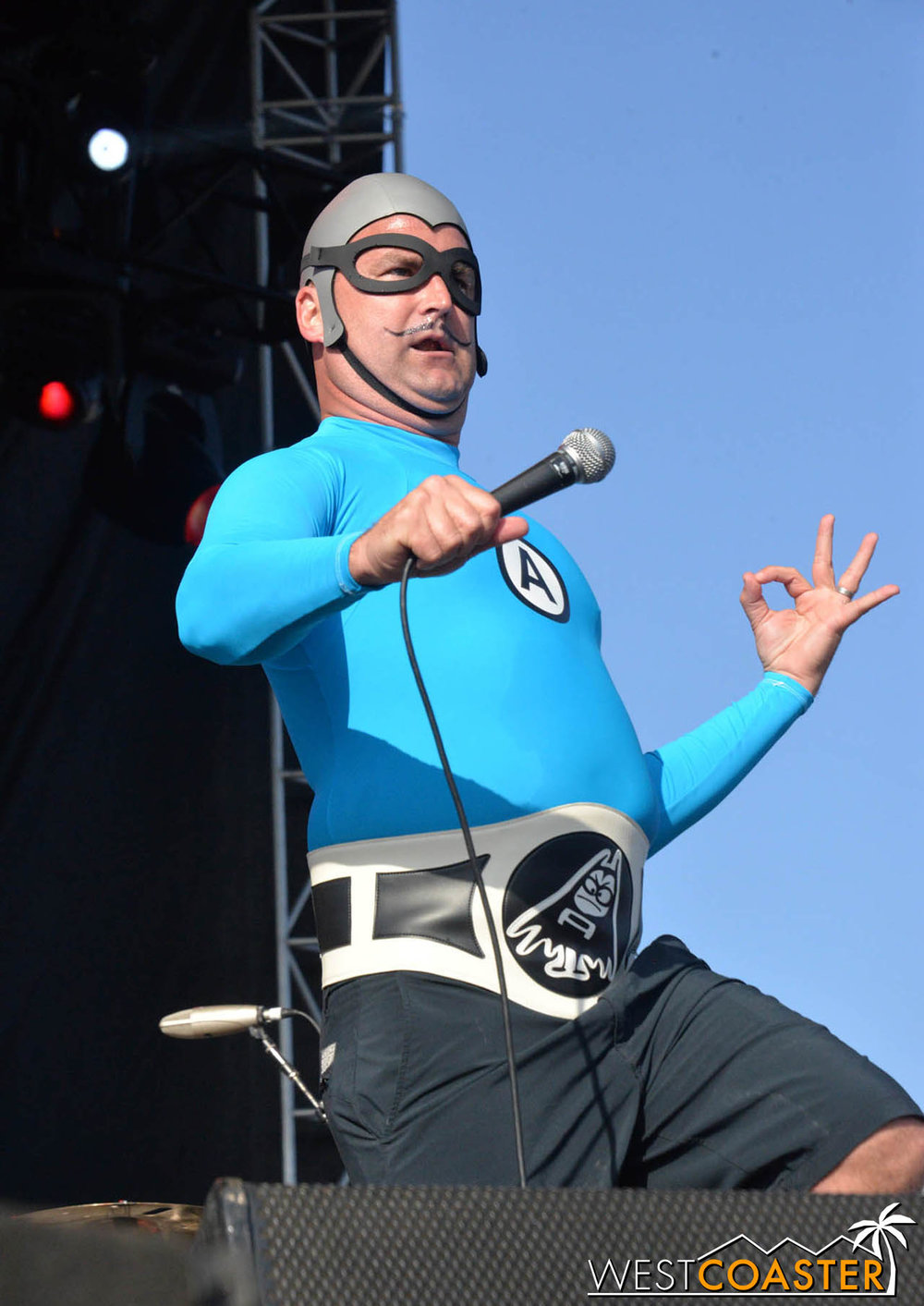 B2tB-18_0504-D-Music-3-Aquabats-0022.jpg