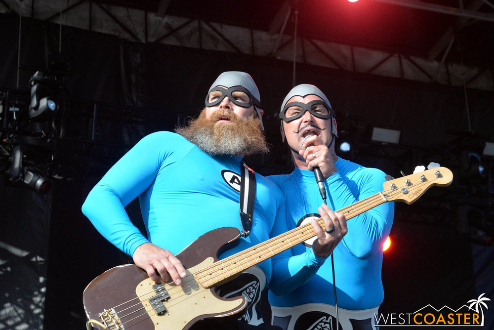 B2tB-18_0504-D-Music-3-Aquabats-0023.jpg