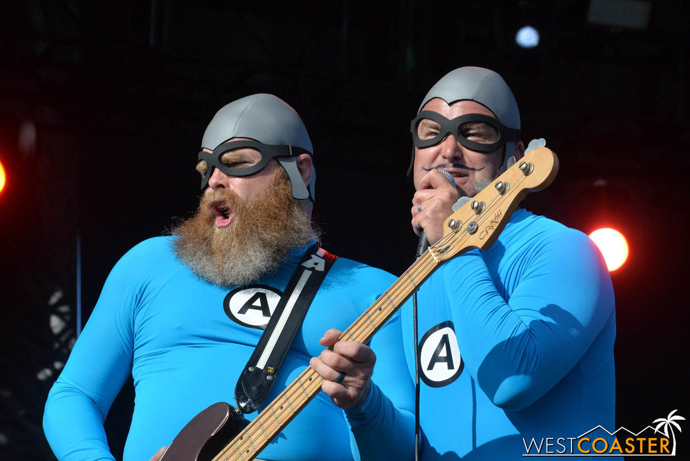 B2tB-18_0504-D-Music-3-Aquabats-0024.jpg
