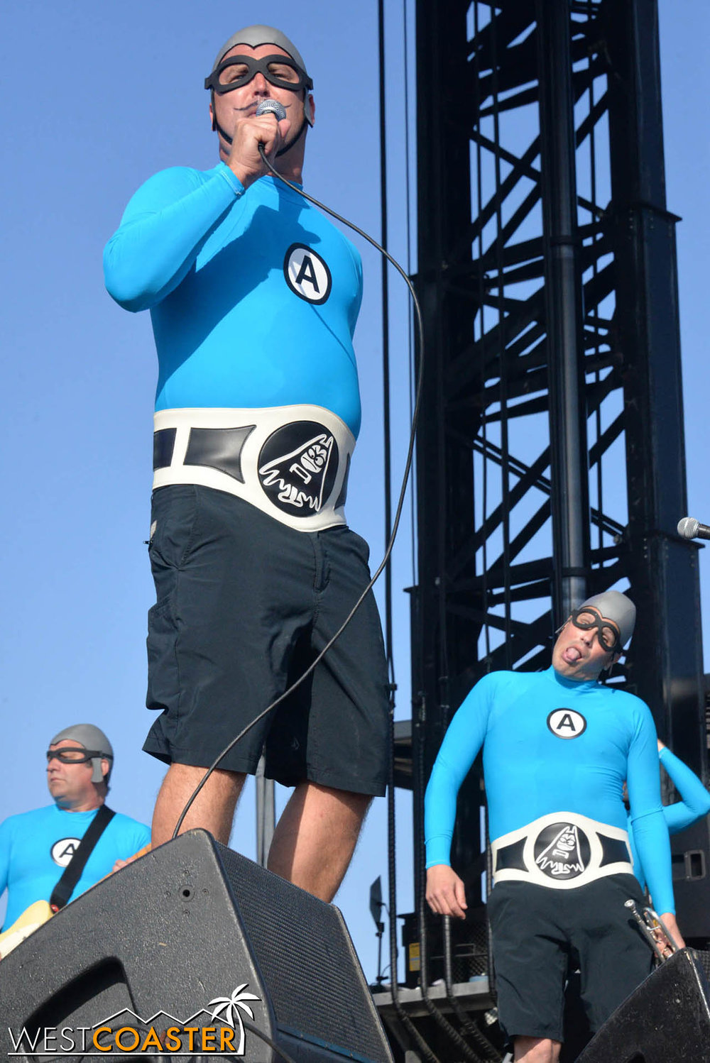 B2tB-18_0504-D-Music-3-Aquabats-0025.jpg