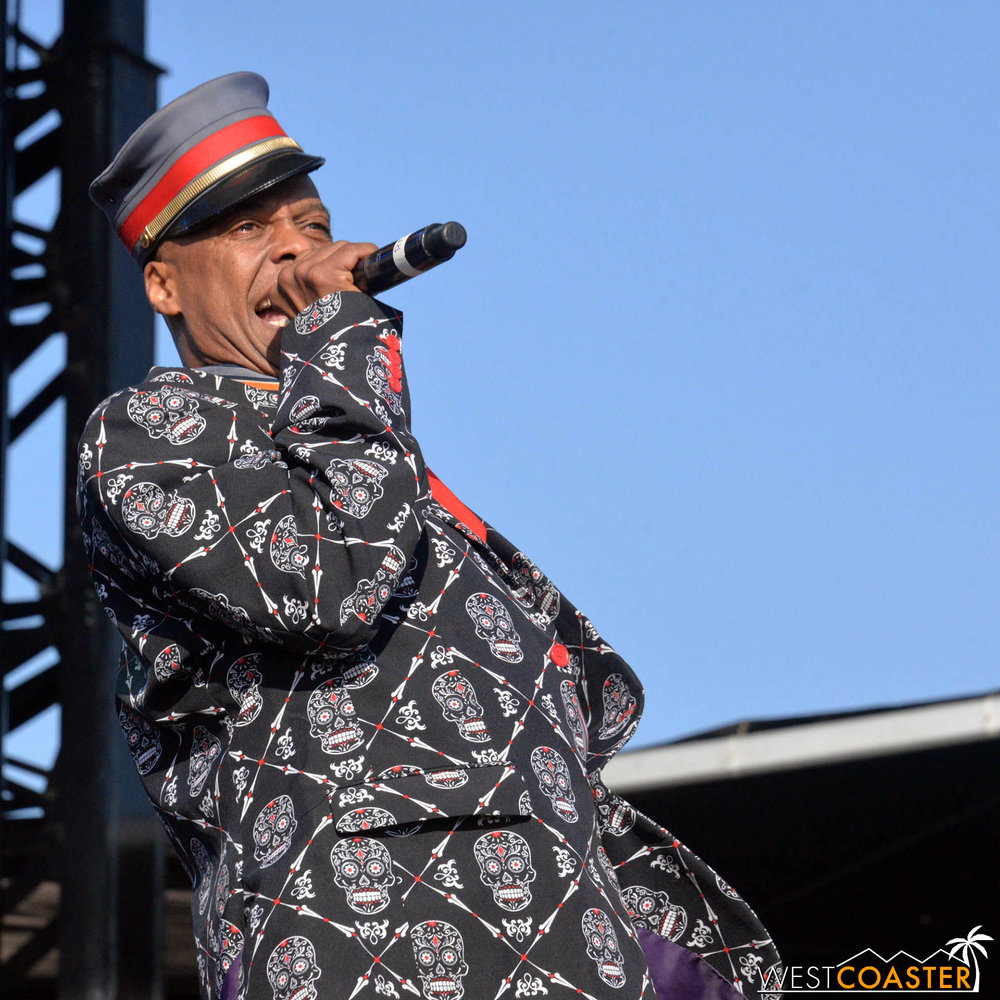 B2tB-18_0504-D-Music-7-Fishbone-0001.jpg