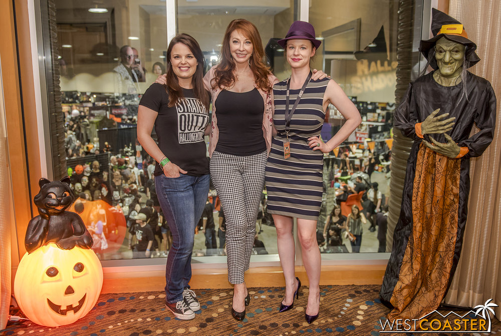 Kimberly J. Brown ( Halloweentown ), Cassandra Peterson (Elvira herself) and Thora Birch ( Hocus Pocus  and more) pose for a photo.
