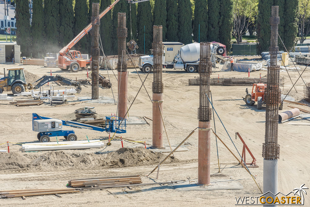 The circular columns use circular formwork to create the shape.