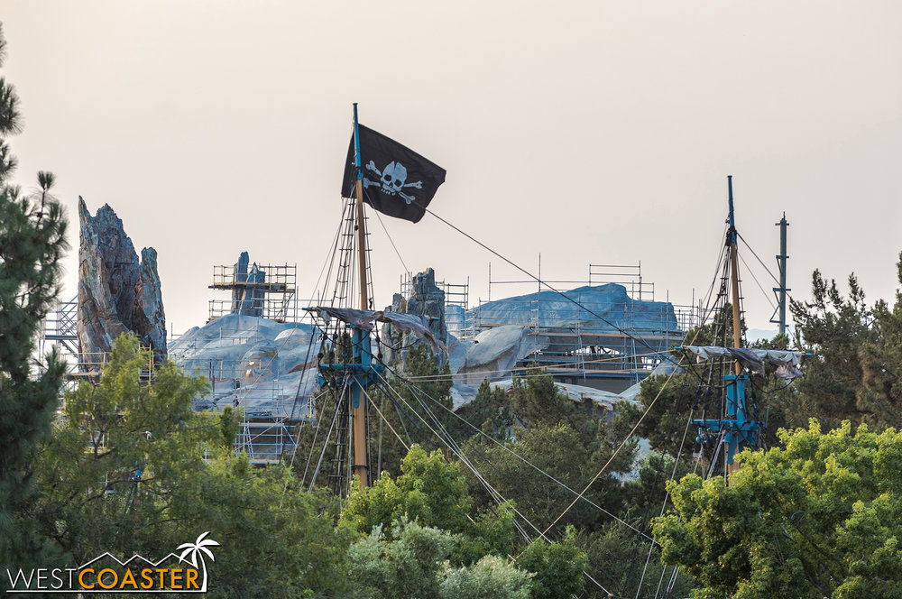The S.S. Columbia is NOT a part of Star Wars: Galaxy's Edge.