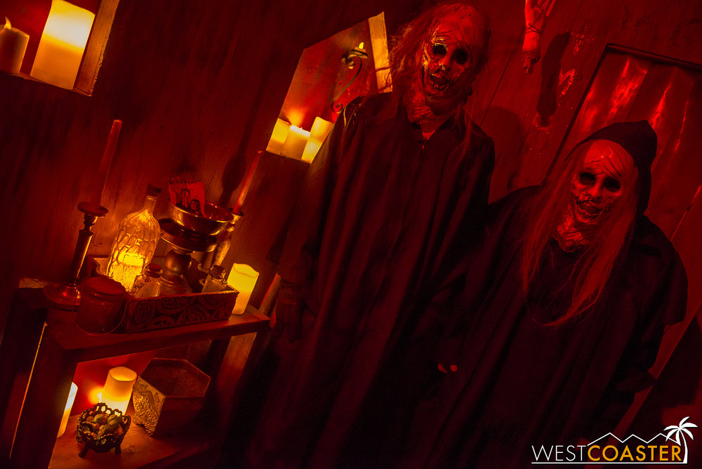 Perdition's La Brujeria maze last year was full of blood and guts. This year should be more of the same!